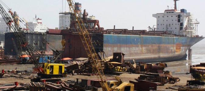 Scrap vessel // TRADELS SRL // ENERGY & SHIPPING